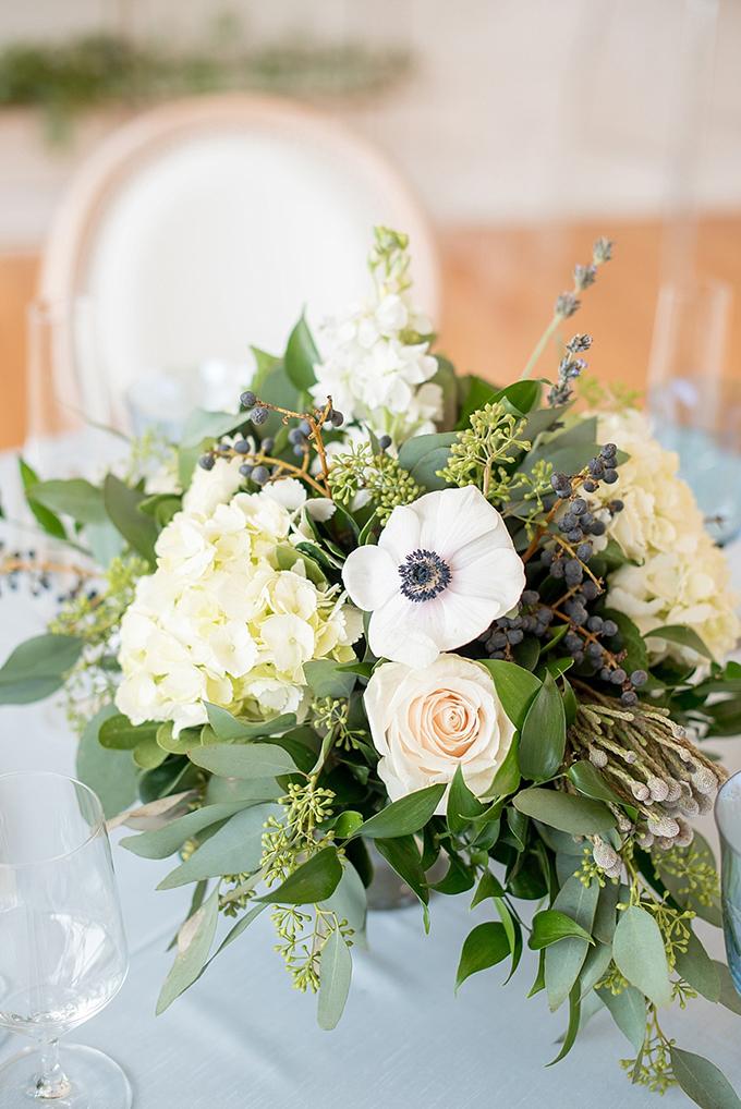 Elegant Blue And White Wedding Inspiration Glamour Amp Grace